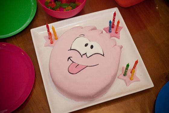 Peachy Club Penguin Birthday Cakes For Kids Funny Birthday Cards Online Alyptdamsfinfo
